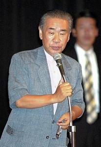 羽田元総理の省エネルック